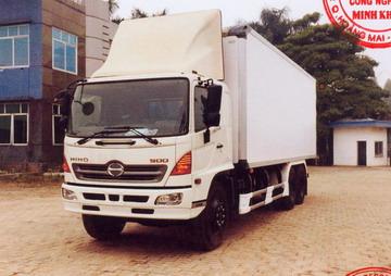 Xe tải thùng lạnh 9 tấn HINO FL8JTSA