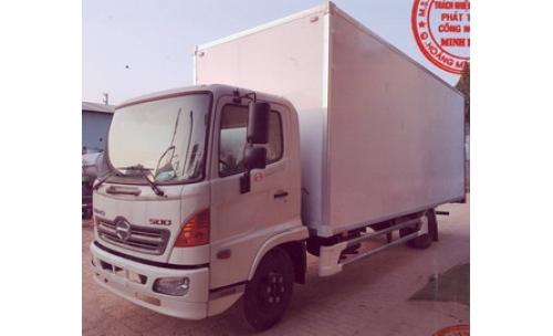 Xe tải thùng kín chở pallet chứa cấu kiện điện tử HINO 5 tấn